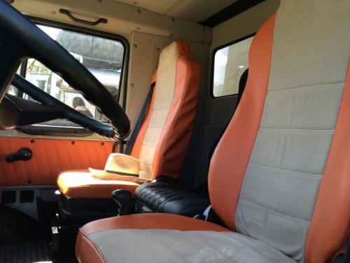Luxus Unimog mit verlängertem Fahrerhaus