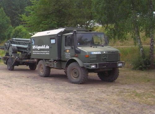 U1300L im Einsatz mit mobilem 25m Mast